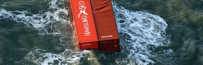 Rode en bruine containers MSC Zoe